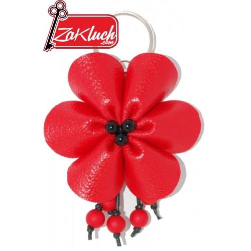 Червено цвете от кожа