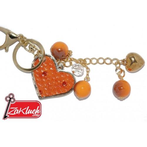 Сърчице в оранжев нюанс и орнаменти