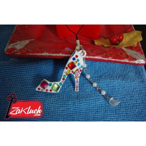 Ключодържател - обувка с висок ток, обсипана с кристали