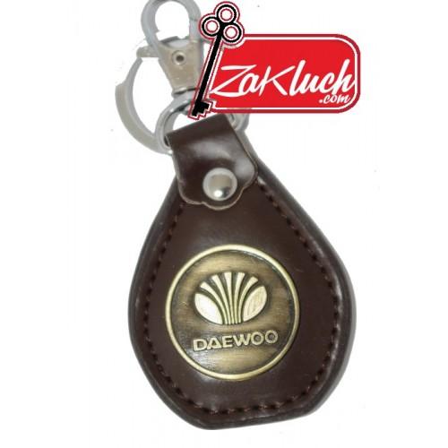 Daewoo - ключодържател от изкуствена кожа - кафяв