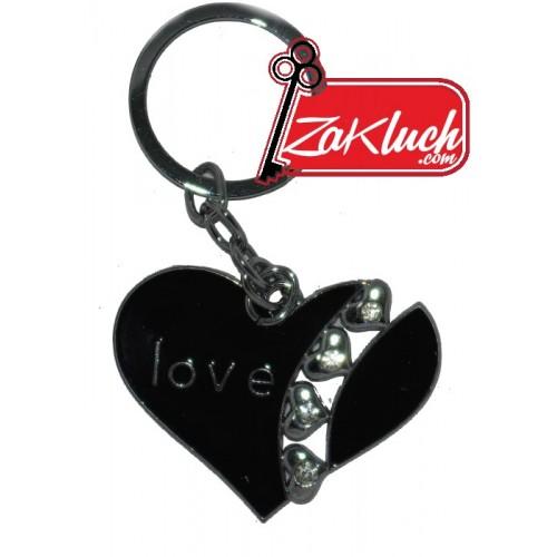 Черно сърце - с надпис Love и няколко мънички сърчица