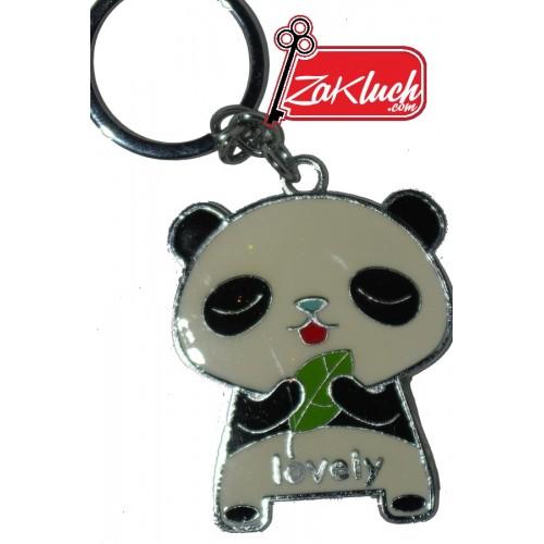 Панда, държаща листенце
