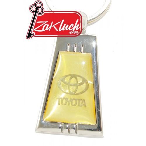 Тойота  метален ключодържател