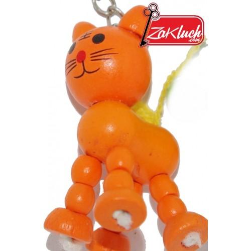 Коте от дърво в оранжев цвят